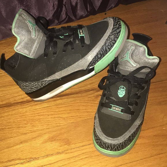 meet 66813 b05a2 ... promo code for jordan son of mars low green glow 6y b11af e2d0a